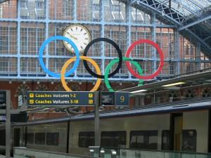 Gare de St Pancras aux couleurs des Jeux Olympiques.