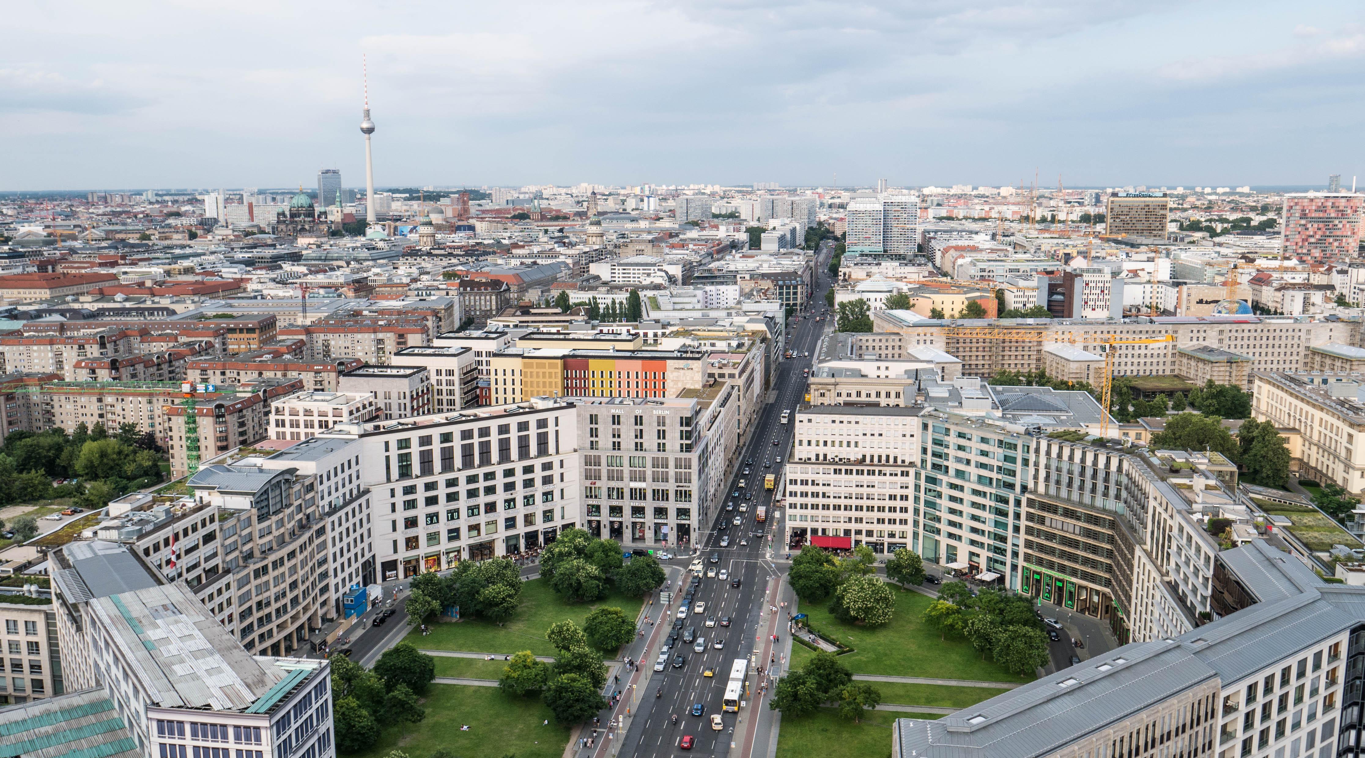 La tour Panoramapunkt permet d'avoir une belle vue sur la ville.